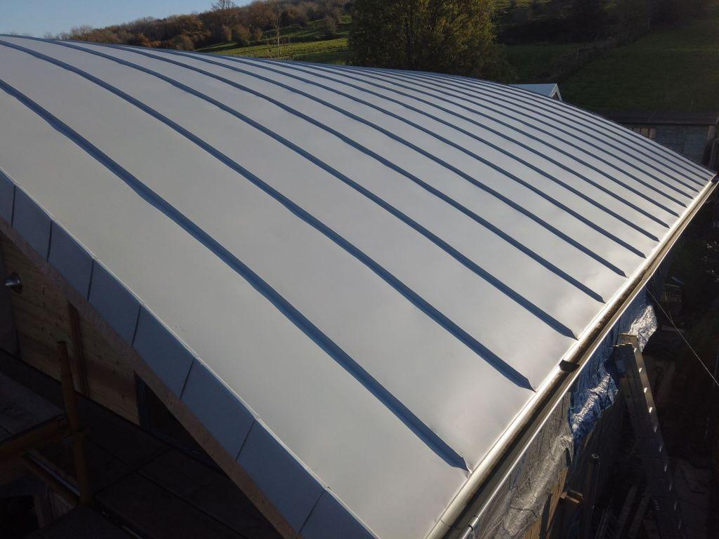 Metal roofing bath 1